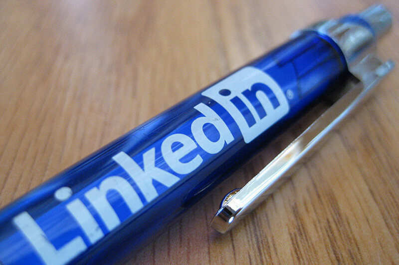 7 Easy Ways to Improve Your Personal Brand On Linkedin by Kaitlin Zhang Blog